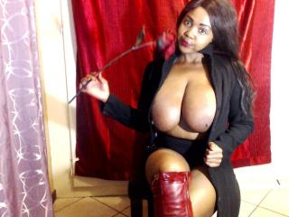 Webcam Snapshop for BIGTITSASSPENN144